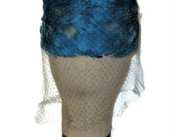 50s Blue Hat, Pillbox Hat Feathers, Pillbox Hat Veil, 1950s Dress Hat, Blue Dress Hat, Blue Winter Hat, Blue Fall Hat, Made in Canada