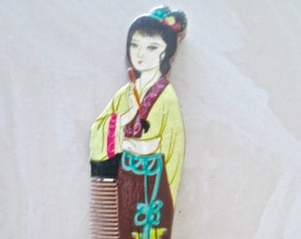 Antique Hand Carved Comb With Chinese Geisha Girl Carved Comb Teeth