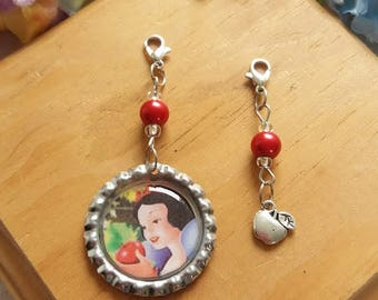 10 Snow White  Zipper Pulls Party Favors
