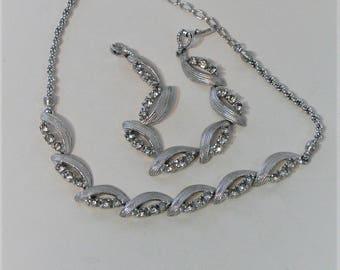 Pennino rhinestone necklace and bracelet