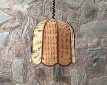 Vintage thatch rattan and fabric dome shaped pull down pendant light. Wicker boho lampshade. Seventies home decor.