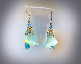 aqua flower earrings lucite flower earrings floral earring long beaded earrings hypoallergenic earrings nickel free earrings flower jewelry