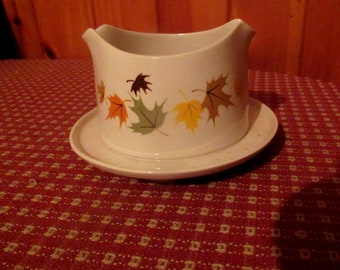 FRANCSCANWARE INDIAN SUMMER attached gravy or sauce dish