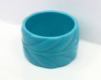 Blue Lucite Bangle ~ Vintage Decorative Molded Wide Bracelet