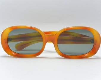Vintage two toned sunglasses green lenses brown orange