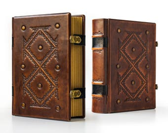 "Large Leather Journal 8"" x 10"" with genuine lizard leather details and lined paper - Book of Shadows, Magician book"