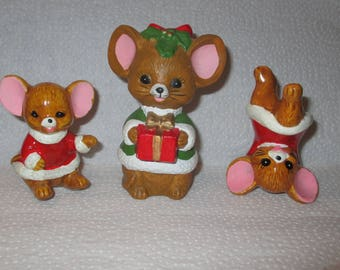 SALE c1980 Vintage 3 Ceramic JAPAN Christmas MICE Figurines 2 Santa Mice & 1 Fancy Dressed Mouse Holding Present Handpainted Collectibles