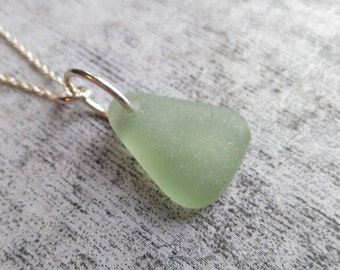 "Pear Green// Sea Glass Necklace// 18"" Silver Chain// Genuine SeaGlass// Sea Glass Gifts// Beach Necklace"