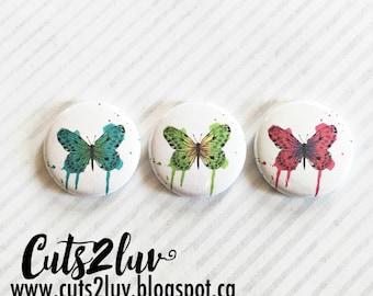 """3 Badges 1"""" Papillons à la main multicolors"""
