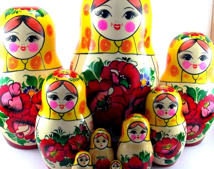 Nesting Dolls 10 pcs Russian matryoshka Babushka doll for kids set Wooden stacking authentic genuine toys Birthday gift for mom Rossiyanka