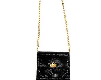 Vintage Shiny Faux Leather Gold Chain Purse