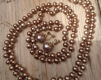Vintage coffee coloured glass Pearl flapper style necklace with earrings