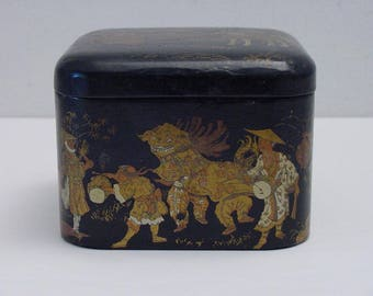 antique papier maché biscuit box for Biscuits Olibet