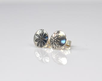 Flower Earrings - Sterling Silver Studs - Minimal Jewellery - Disc Studs - Circle Earrings - Floral Studs - Minimal Earrings - Flowers