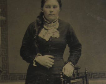 Biggest Hands Ever - Odd Original 1880's Young Woman With Very Large Hands Tintype Photograph - Free Shipping
