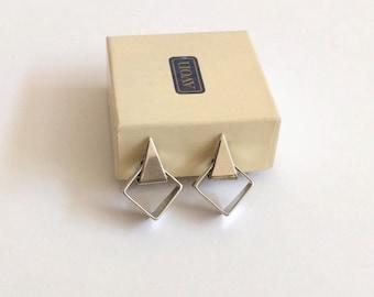 Vintage 70s Avon earrings geometric triangle silver tone clip on modern 1978 Fashion Touch minimalist