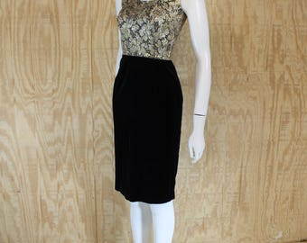 Vintage 1960's VICKY VAUGHN Cotton Velvet Metallic Floral Bombshell Wiggle Dress XS S Small