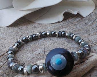 Men's evil eye bracelet. Evil eye bracelet. Gift for him. Mens hematite bracelet. Mens stretch bracelet.