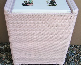 Vintage 40s Pink and White Wicker Poodle Laundry Clothes Hamper USA Cottage Chic