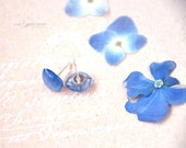 Blue Hydrangea Stud Earrings  - Real flower petal Earrings -  crystal resin jewelry -herbarium  Ear posts - gift for naturelovers