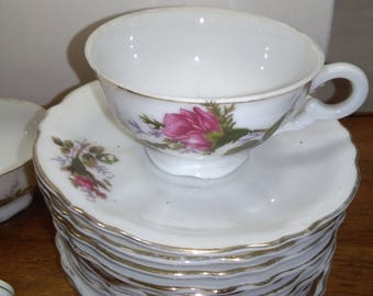 Mini Rosebud Tea Cups and Saucers 7-Cups and 11 Saucers Tea Party Ready! Japan