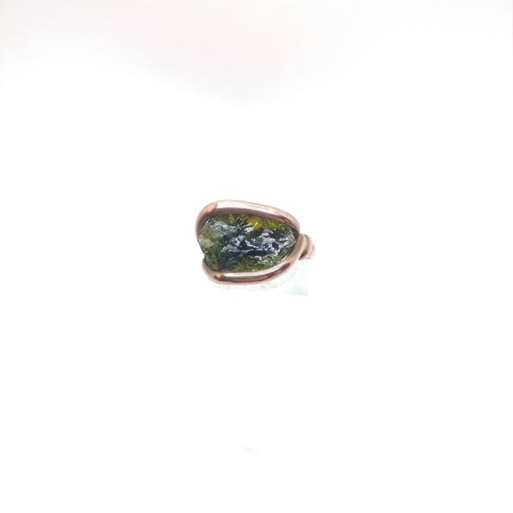 Green Tourmaline Crystal Ring | Copper Ring Sz 8 | Rough Tourmaline Ring | Raw Tourmaline Ring | Rustic Mens Ring | October Birthstone Ring