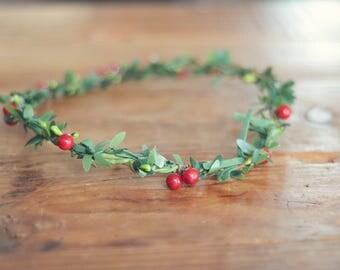 THE HOLLY - Green Berry Crown Floral Wreath Woodland Rustic Circlet Bride Winter Wedding Romantic Elegant Flower Girl Christmas Berry Wreath