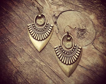 Antique Brass Earrings. Tribal Earrings, boho chic, tribal jewelry, bohemian earrings,art of goddess, wedding earrings, ethnic earrings
