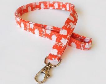 Pig Lanyard / Piglet Keychain / Cute Lanyards / Farm Animals / Key Lanyard / ID Badge Holder / Fabric Lanyard / Barnyard / Cute Lanyard