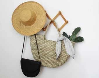 Straw Bag - Tote - Market Bag - Basket Purse - Woven Bag
