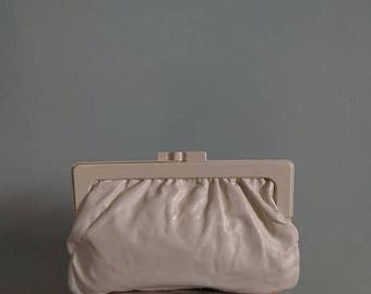 SALE vintage 70's pleated leather clutch in ivory