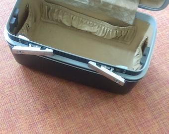 Vintage Samsonite Midnight Sentry Hard Train Case / Make Up Case / Travel Case / Rockabilly / Retro / Mod / Carry Case