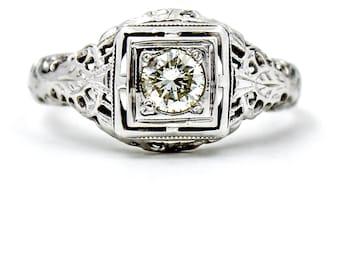 VINTAGE Diamond Filigree Ring in 18k White Gold, Size 5
