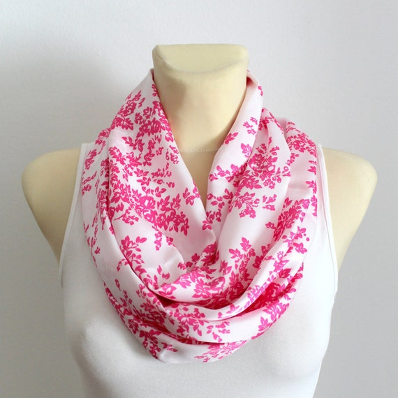 Infinity Scarf Boho Floral Shawl Printed Infinity Scarf Gift for Mom Gifts Mothers Day from Husband Daughter Summer Outdoors Summer Party