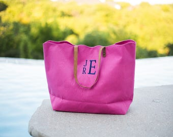 Monogram Jute Tote | Bridesmaid gift | Monogrammed Tote | Summer Tote | Scalloped Edge | Leather | Beach Tote | Monogram Gift | The Seaside