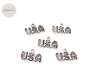 10 charms 16x11mm silver America USA word / travel A14