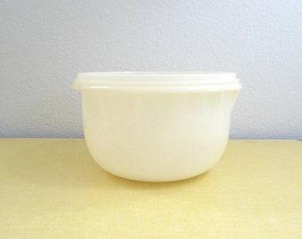 Vintage Tupperware Bowl
