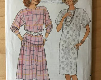 Butterick 3670 - 1980s Fast and Easy Straight Dress, Extended Shoulder Top, and Flared Skirt in Midi Length - Size 20 22 24