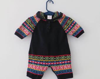 Super cute Hanna Andersson thick cotton romper with hood, made in Peru. Size 60 (3-6m)