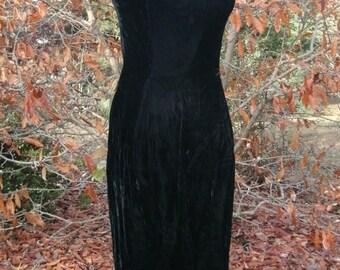 Vintage BLACK VELVET DRESS, Sleeveless Knee Length, 70s 60s Retro Cocktail Party Prom Formal, Gothic Boho Elegant sexy wiggle dress, Mad Men