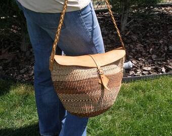 Sisal bag, jute shopper, woven straw purse, sisal leather bag, sisal beach bag, medium sisal bag, boho sisal bag, medium beach tote bag