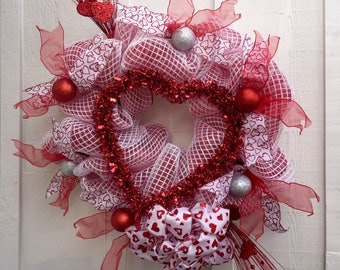 Valentine's Day One Heart Only Wreath