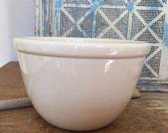 Fowler ware mixing bowl Medium pudding bowl Made in Australia Styling prop Vintage kitchen Collectibles