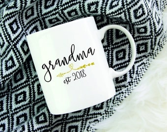 New Grandma Coffee Mug,Grandma Baby Reveal,First Time Grandma Gifts,Grandma Est,Future Grandma Mug,Grandma To Be,New Granny Gift,Nana To Be