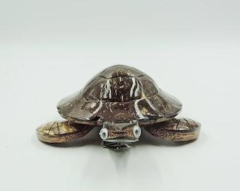 Coconut wood Sea Turtle