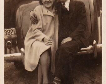 Found Photographgraph, Photo Bomb, Original Vintage Photo, Photography, Snapshot, 1930's, Antique Photograph, Lovers, Funny Photo