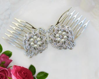Set of 2, Small Bridal hair combs, Pearl Wedding clip, bridal barrette, bridesmaid hair accessories, Bridesmaids Gift