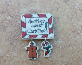 Vintage Christmas Pin, Another Sweet Christmas, Glazed Ceramic Pin Brooch