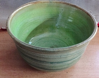Handmade ceramic bowl,Small ceramic bowl,handmade pottery bowl,serving bowl gift,Round bowl,clay bowl,stoneware,unique green bowl,neomybakal