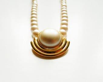 Vintage Art Deco Faux Pearl Necklace / Minimal Classic Pearl Necklace / Vintage Pearl Jewelry